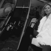 Kate Moss se dénude pour Saint Laurent