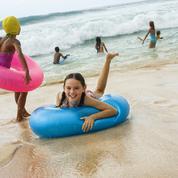 Huit conseils pour ne pas perdre son enfant sur la plage ou dans la foule