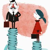 Les salaires des hommes baissent, ceux des femmes moins
