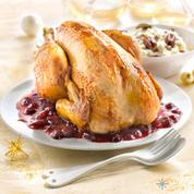 Poularde fermière, aux cranberries, risotto crémeux et noix de pécan