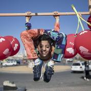 Un Palestinien contorsionniste de 12 ans veut entrer dans le livre des records