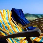 En Italie, déposer sa serviette de plage trop tôt est passible d'une amende