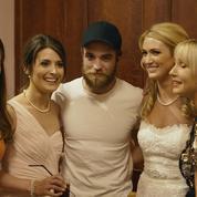 Tom Hanks, Robert Pattinson... Les stars s'invitent aux mariages d'inconnus