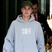 Justin Bieber : son verre de lait vide vendu 74.000 euros