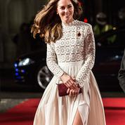Kate Middleton craque pour Bob le chat