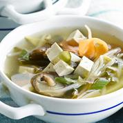 Soupe miso : ses vertus insoupçonnées