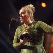 Beyoncé pleure pendant le discours d'Adele aux Grammy Awards