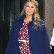 Blake Lively encourage les femmes à aimer leur corps après la grossesse