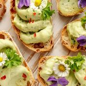 Les fleurs comestibles, des couleurs et des saveurs dans notre assiette