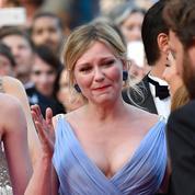 Montée des marches : les pleurs de Kirsten Dunst et la présence bizarre de Jermaine Jackson