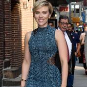 Scarlett Johansson en couple avec son avocat ?