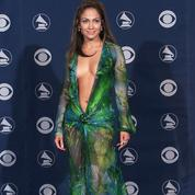 La robe de Jennifer Lopez à l'origine de Google Images, maintenant disponible à 42€?