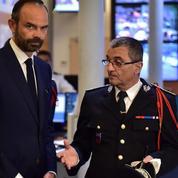 EN DIRECT - Edouard Philippe a réservé sa première visite aux forces de l'ordre