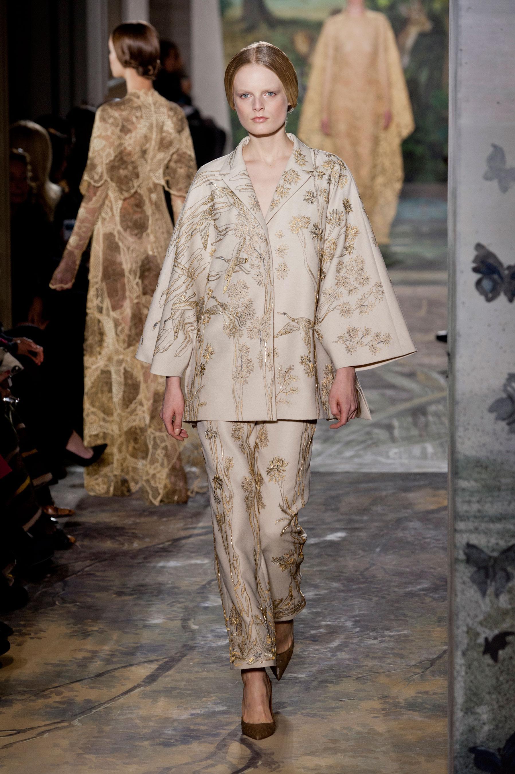 D fil valentino printemps t 2014 couture madame figaro for 1900 haute couture
