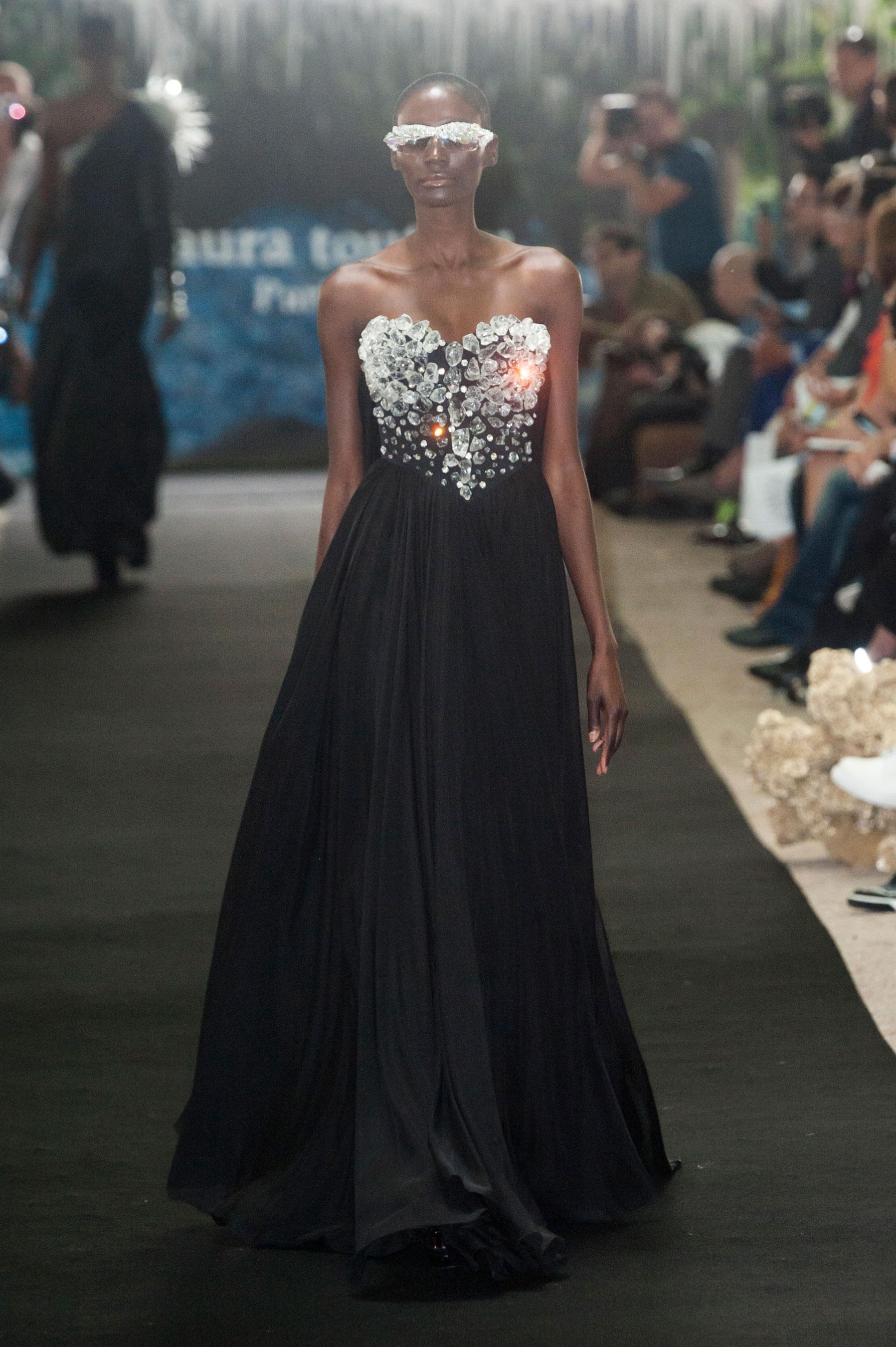 D fil on aura tout vu automne hiver 2014 2015 couture for 1900 haute couture