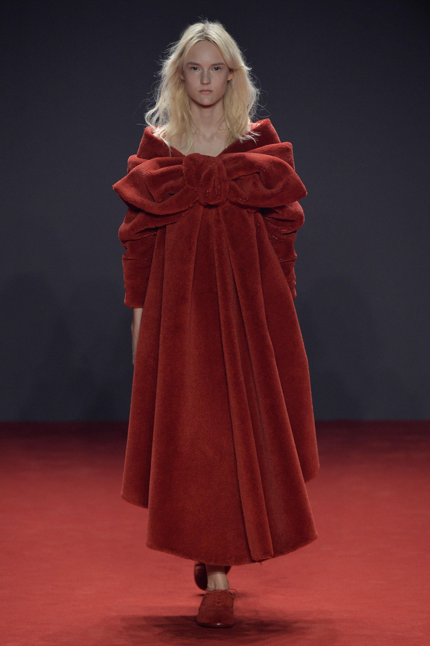 D fil viktor rolf automne hiver 2014 2015 couture for 1900 haute couture