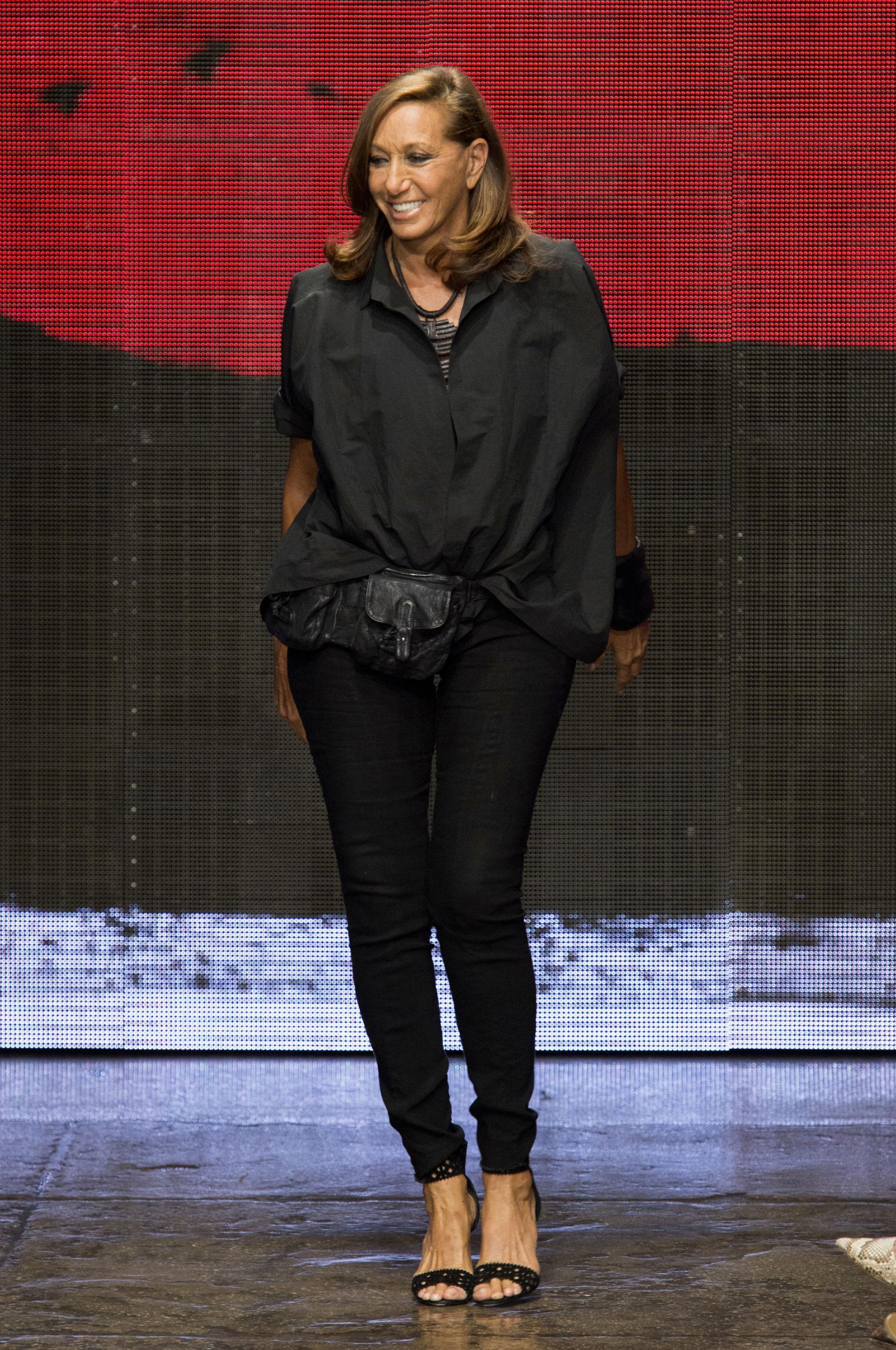 D fil donna karan printemps t 2015 pr t porter le for Donna karan new york
