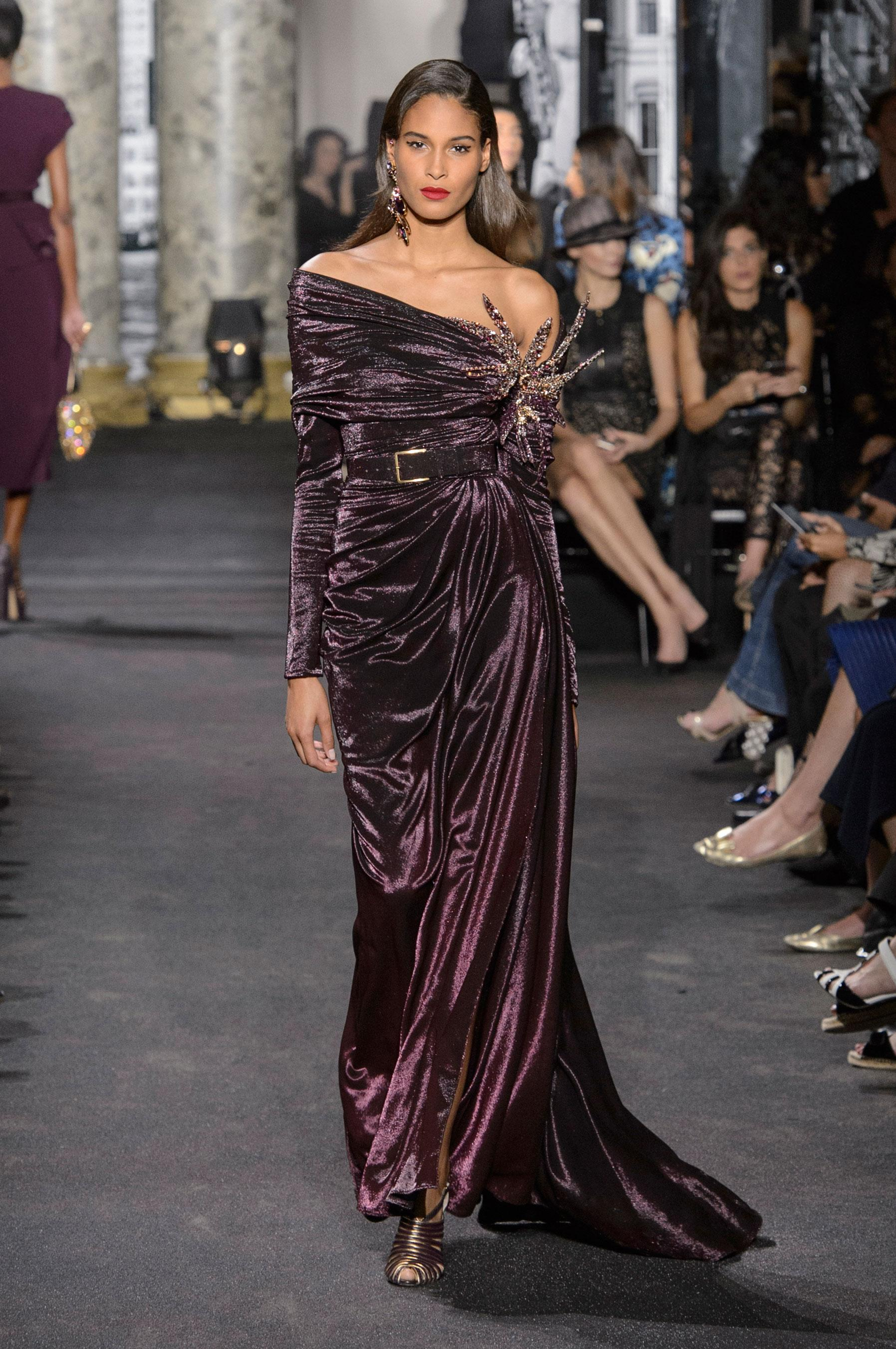 ede18c1f10f28 Défilé Elie Saab Automne-hiver 2016-2017 Couture - Madame Figaro