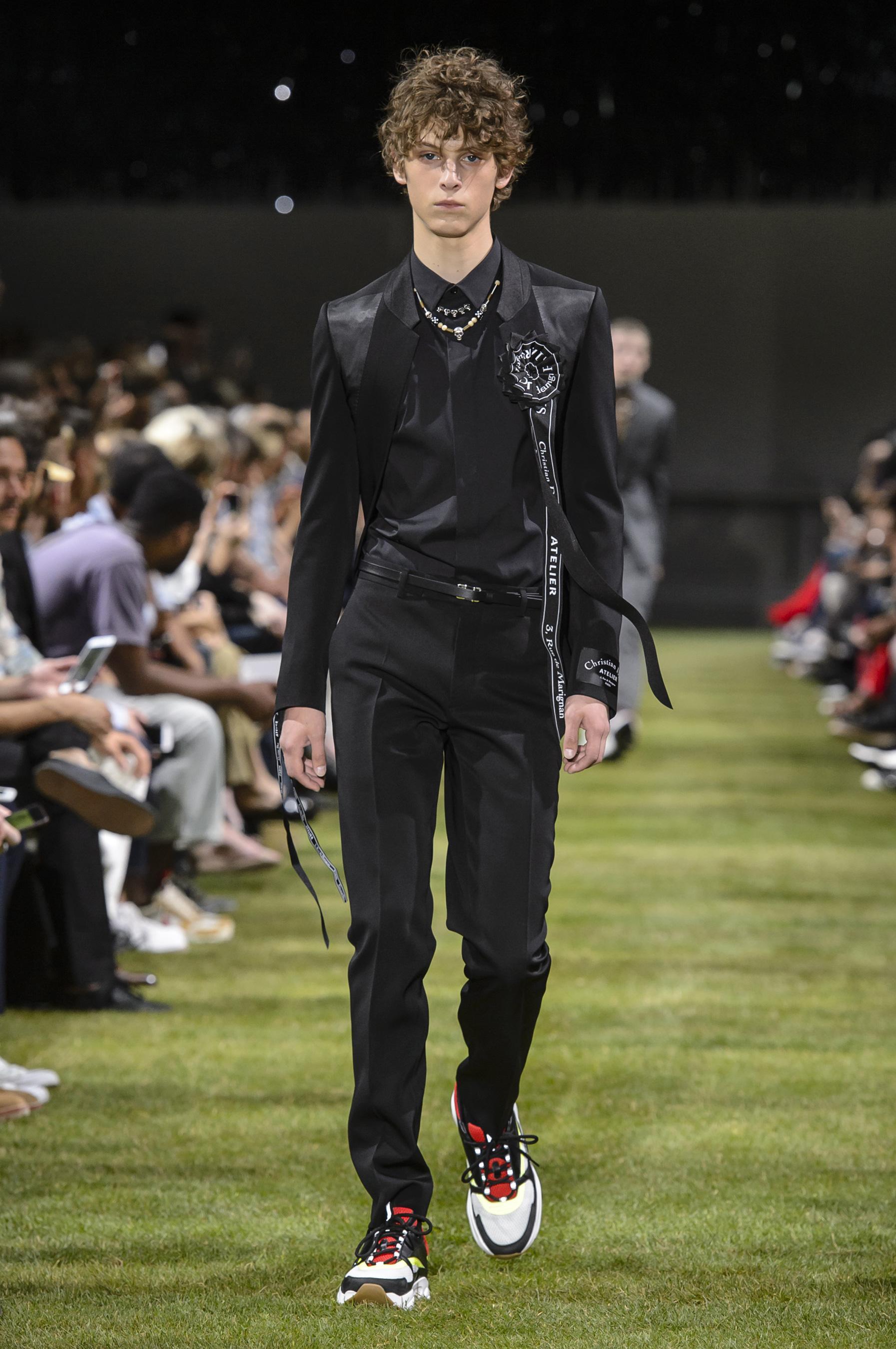 309bed21dc0b Défilé Dior Homme printemps-été 2018 Homme - Madame Figaro
