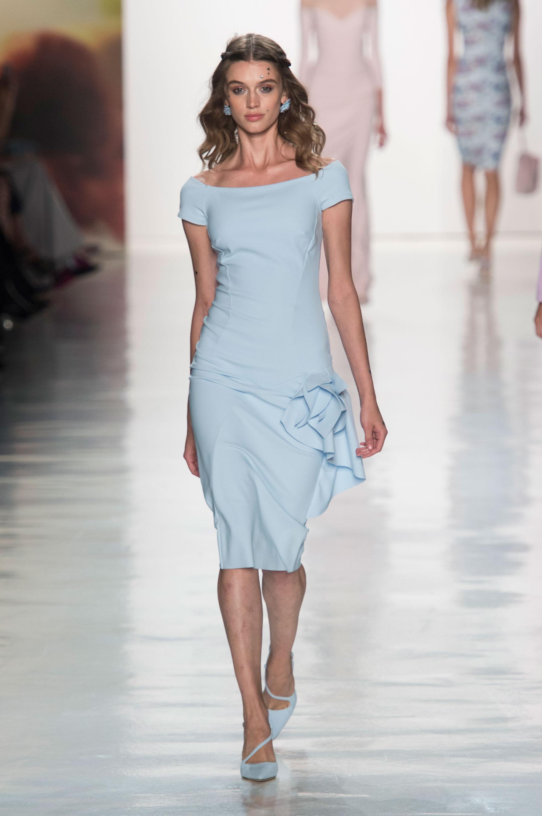 Défilé Chiara Boni La Petite Robe printemps,été 2018, New York , Look 21.