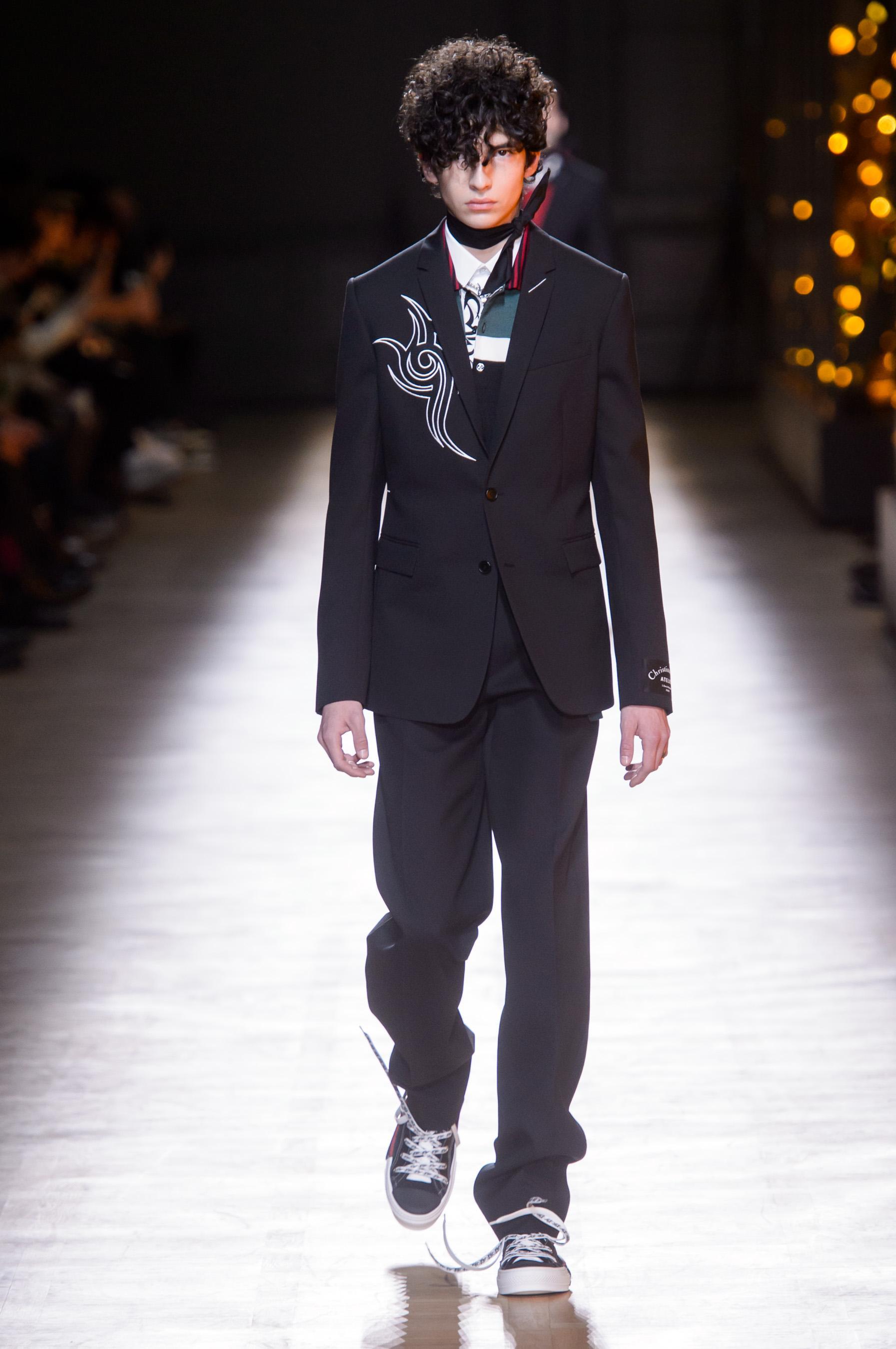 83488d3e5457 Défilé Dior Homme automne-hiver 2018-2019 Homme - Madame Figaro