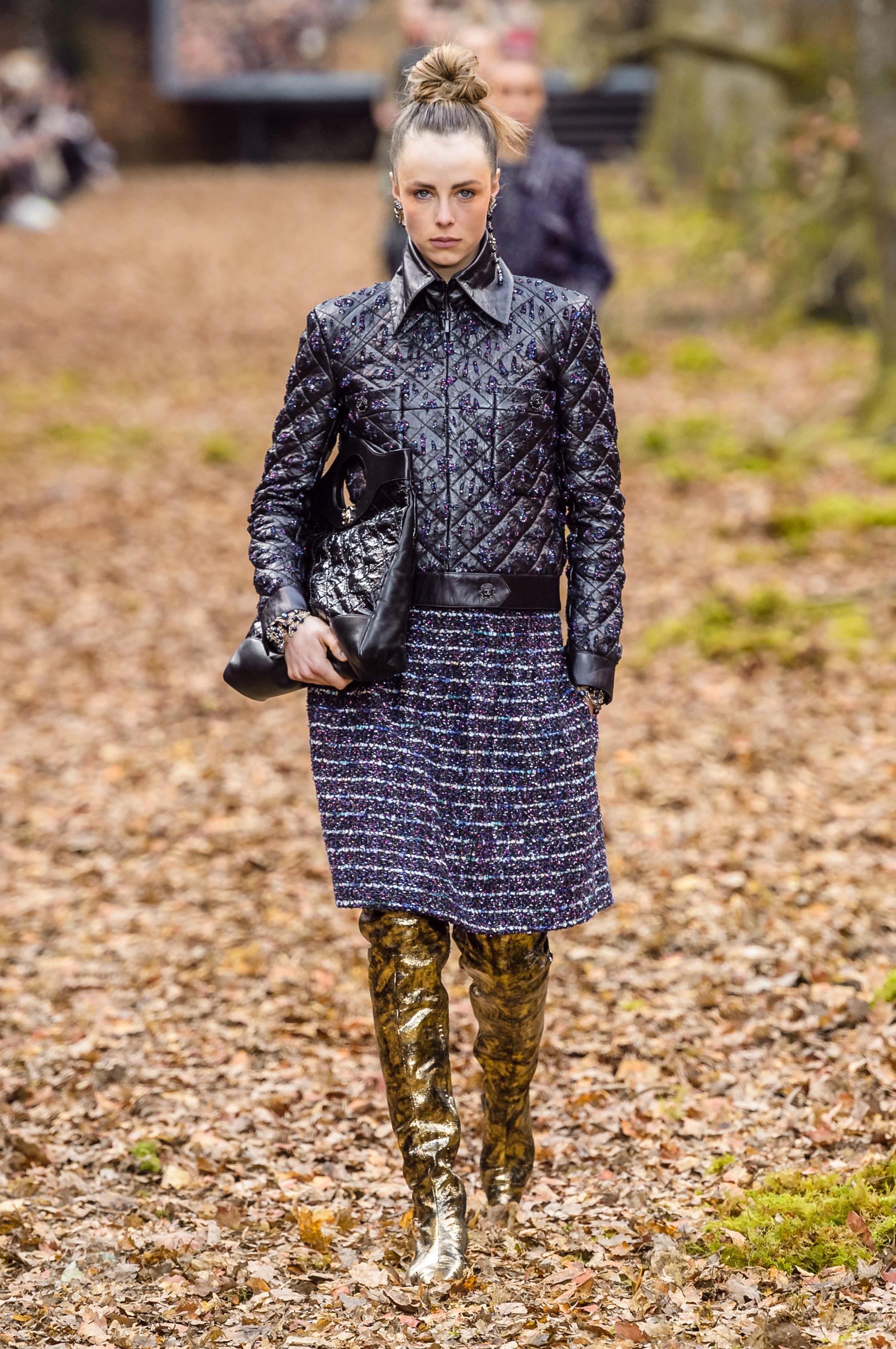 11972359aac6 Défilé Chanel automne-hiver 2018-2019 Prêt-à-porter - Madame Figaro