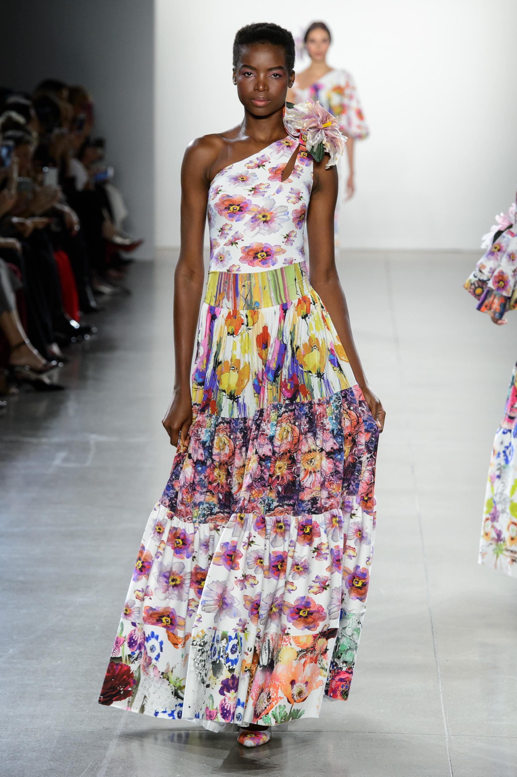 Défilé Chiara Boni La Petite Robe printemps,été 2019, New York , Look 5.