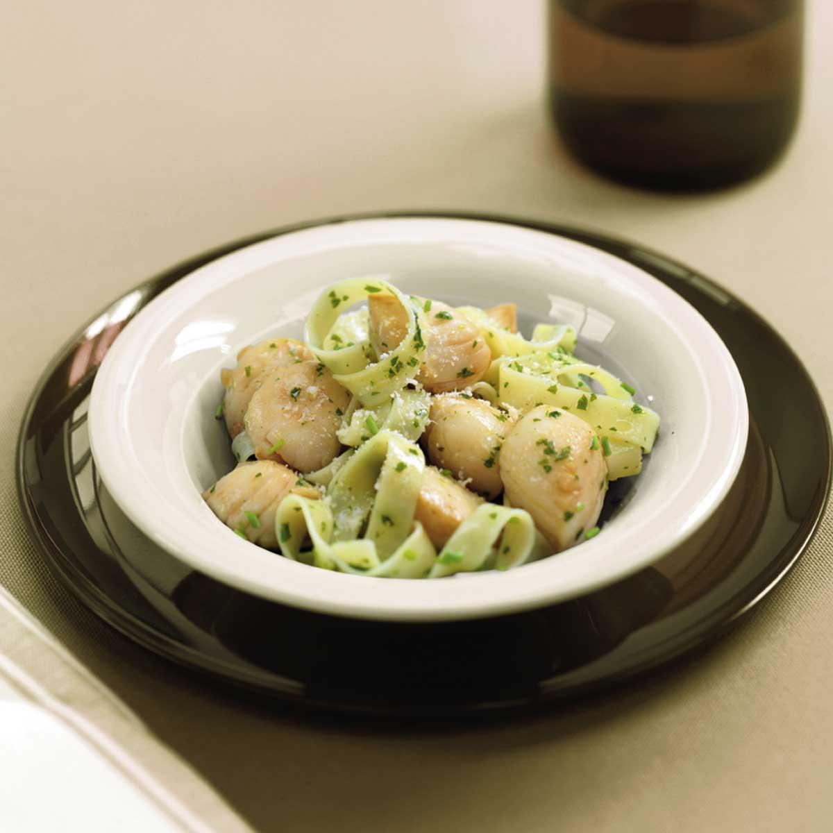Recette salade de noix de saint jacques et tagliatelles for Saint jacques cuisine