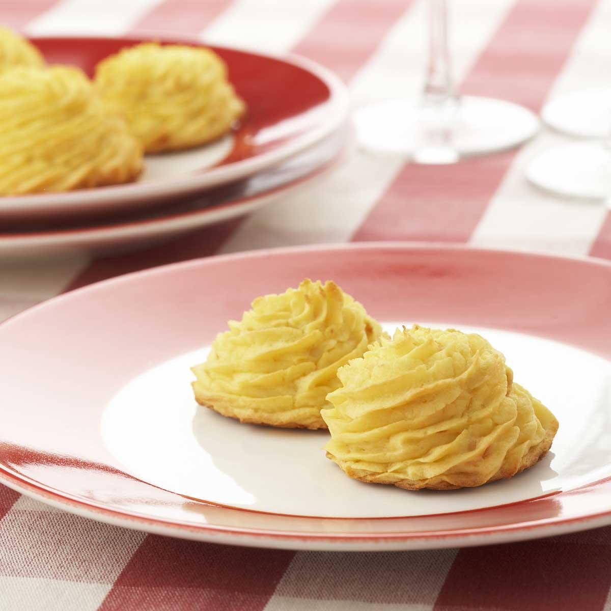 Recette pommes duchesses au four cuisine madame figaro for Accompagnement cuisine