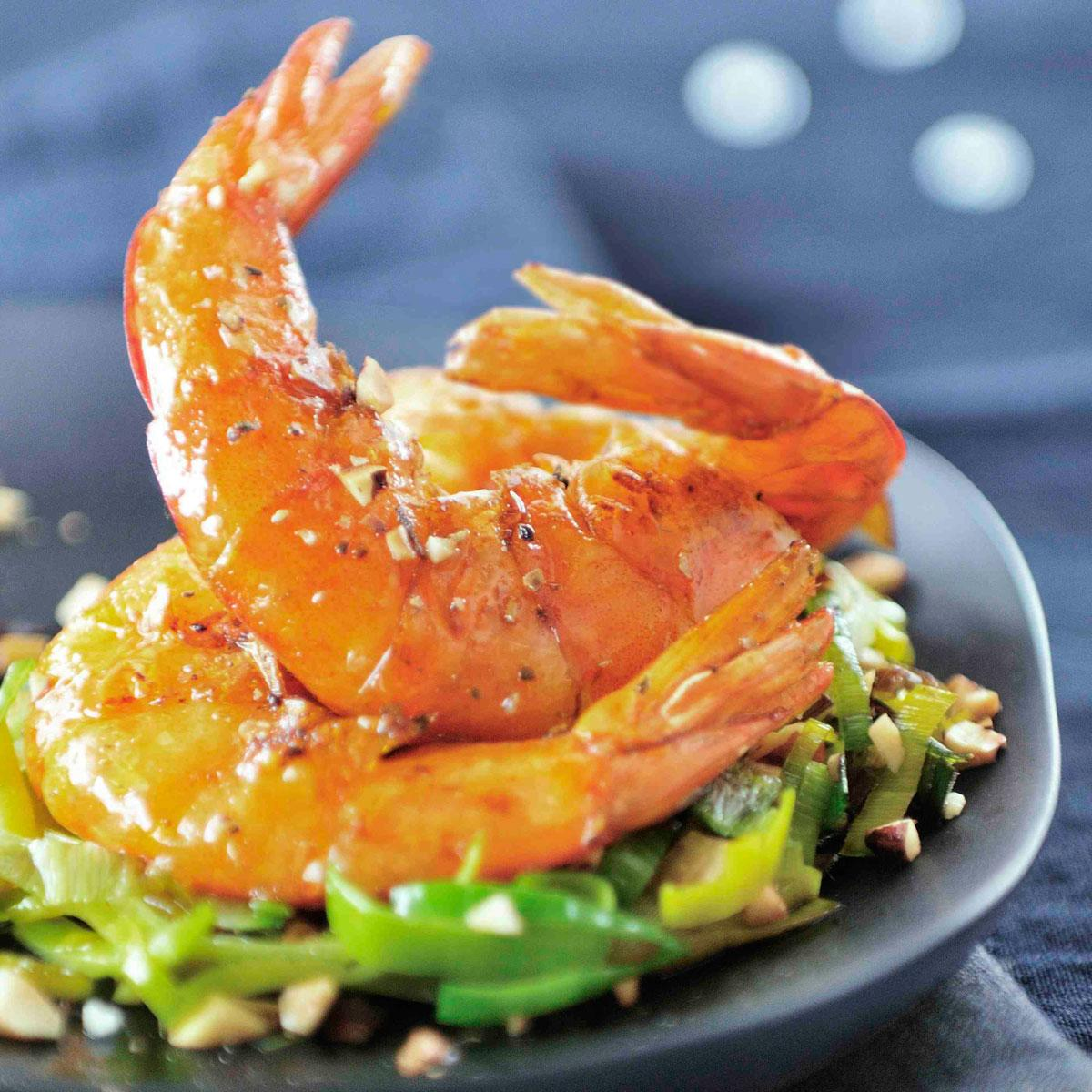 Recette gambas flamb es au cognac cuisine madame figaro - Accompagnement gambas grillees ...