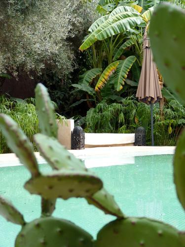 marrakech c t jardin madame figaro. Black Bedroom Furniture Sets. Home Design Ideas