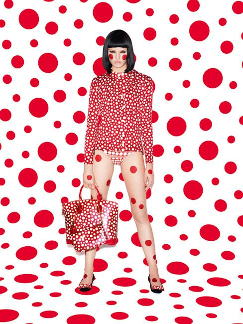 kusama pour vuitton la folie le figaro madame. Black Bedroom Furniture Sets. Home Design Ideas