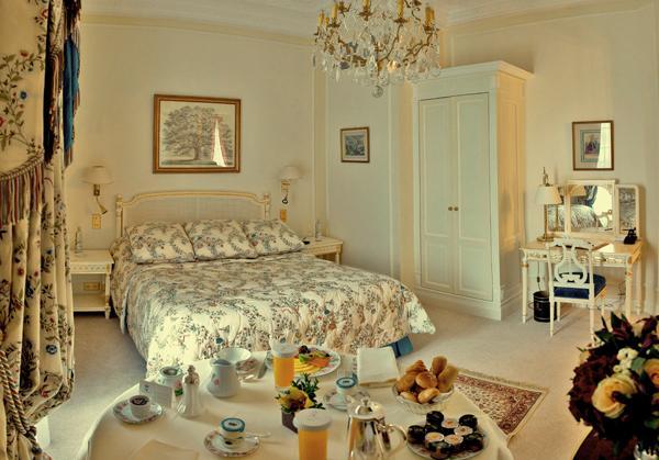 Biarritz l oc an a son palais le figaro madame for Prix chambre hotel du palais biarritz