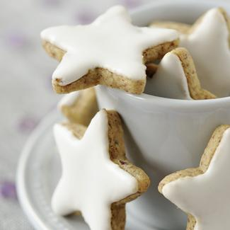 Biscuits de Noël en forme détoiles , une recette Fête , Cuisine