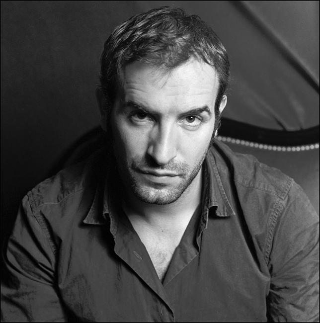 Jean dujardin je suis un gentil macho madame figaro for Jean dujardin photo