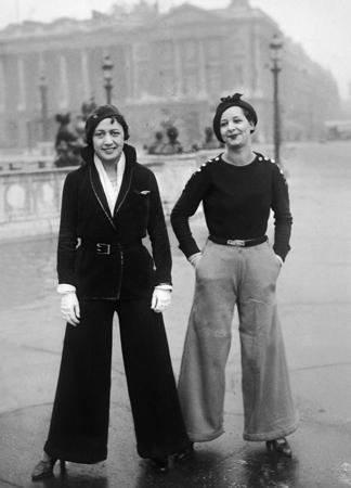 Pantalon Loi La Madame Au Figaro Se Parisiennes Des Plie wZaZOg