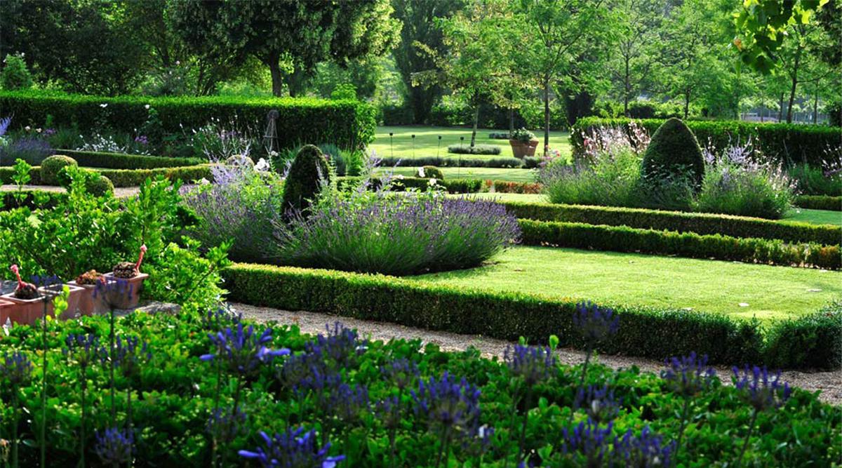 Garden party madame figaro for Art du jardin zbinden sa