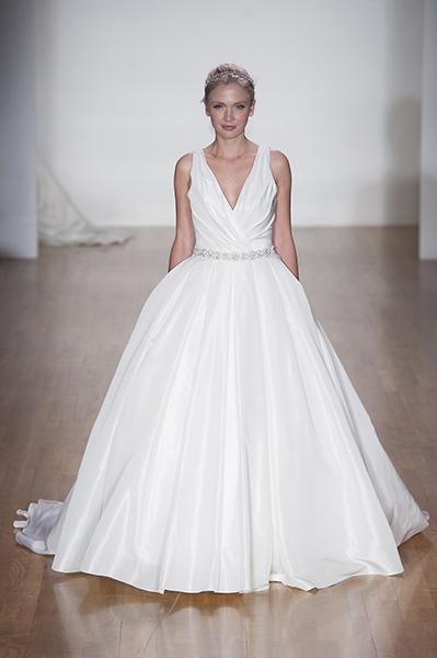 Princess Bride  les nouvelles robes de mariées de New York , Diaporama photo