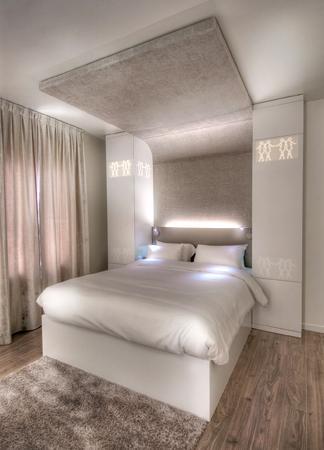 cet t on coupe le cordon madame figaro. Black Bedroom Furniture Sets. Home Design Ideas
