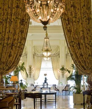 Biarritz l oc an a son palais madame figaro - La salle a manger atelier au style classique chez maisons du monde ...