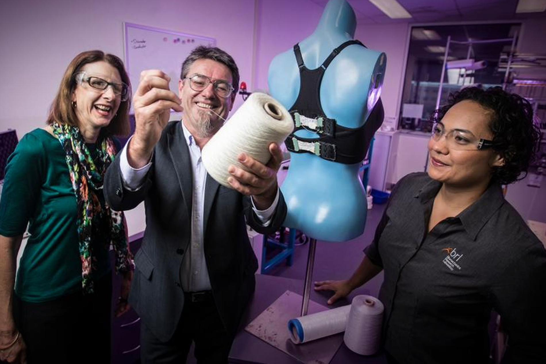 Bientôt un soutien-gorge bionique s adaptant à la morpho   - Madame ... 0f0c0691e00