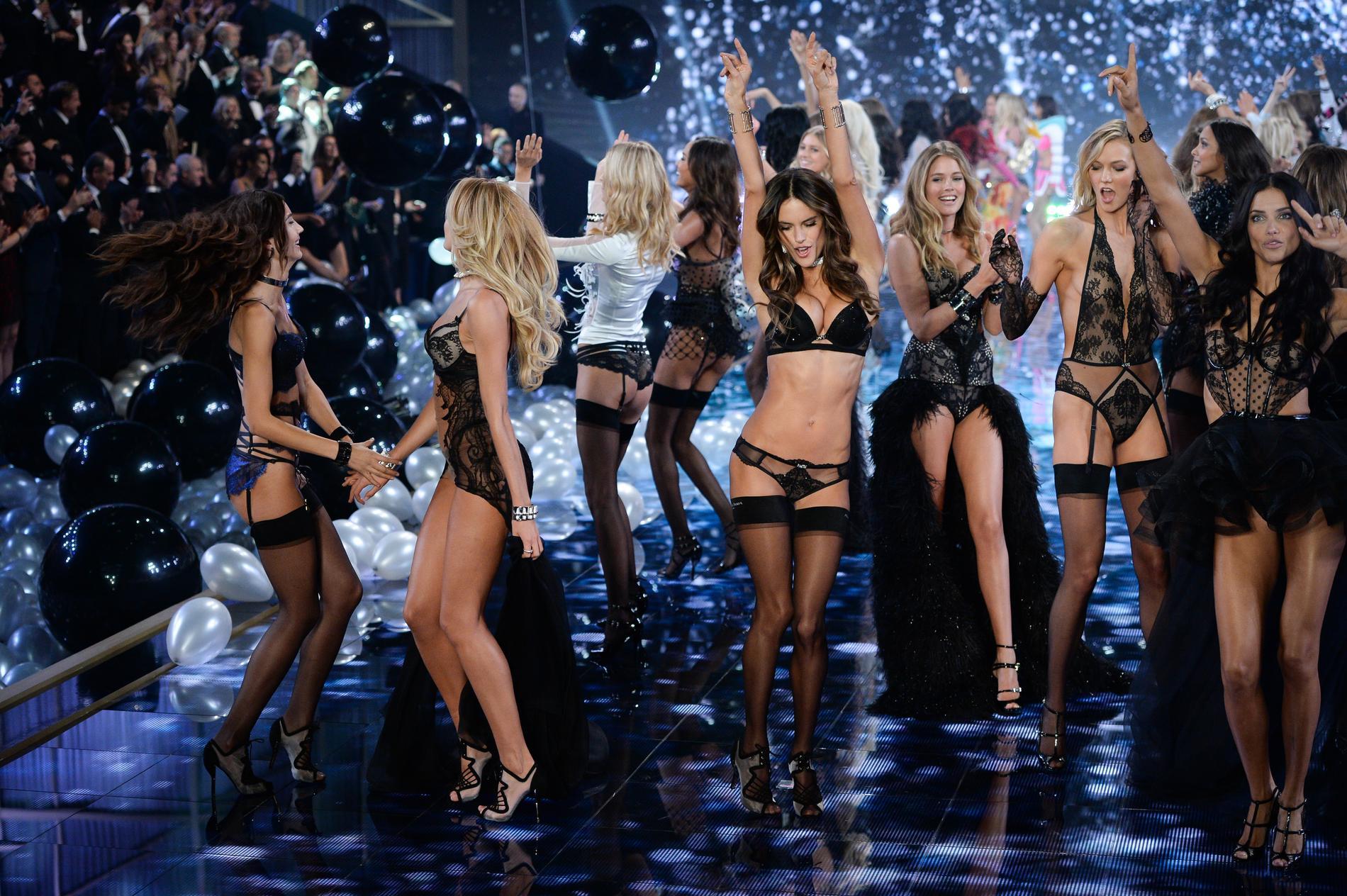 Victoria S Secret Fashion Show  Tous Les Anges