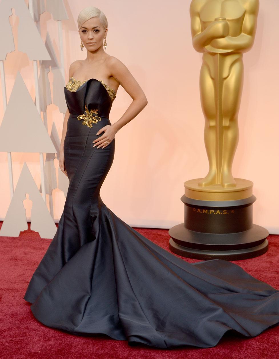 Chanel haute couture Oscars 2015  Rira Ora en robe Marchesa