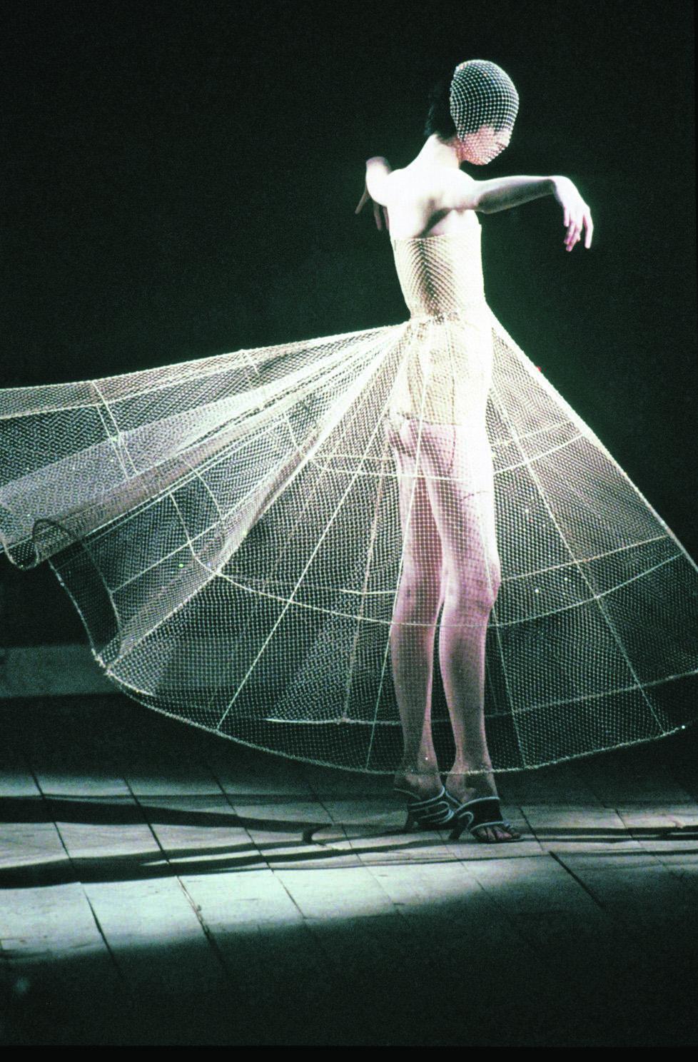 Alexander McQueen en son royaume - Madame Figaro a3e8573b12e