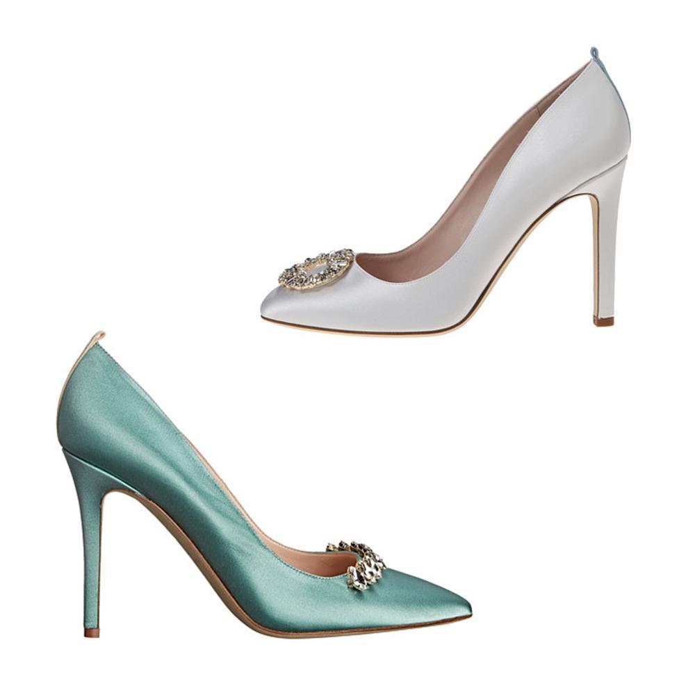 Quelque soit votre choix, grâce aux offres et boutiques en ligne à l'affiche sur notre site, vous avez accès à des services haut de gamme tout en profitant de prix attractifs. Des chaussures .