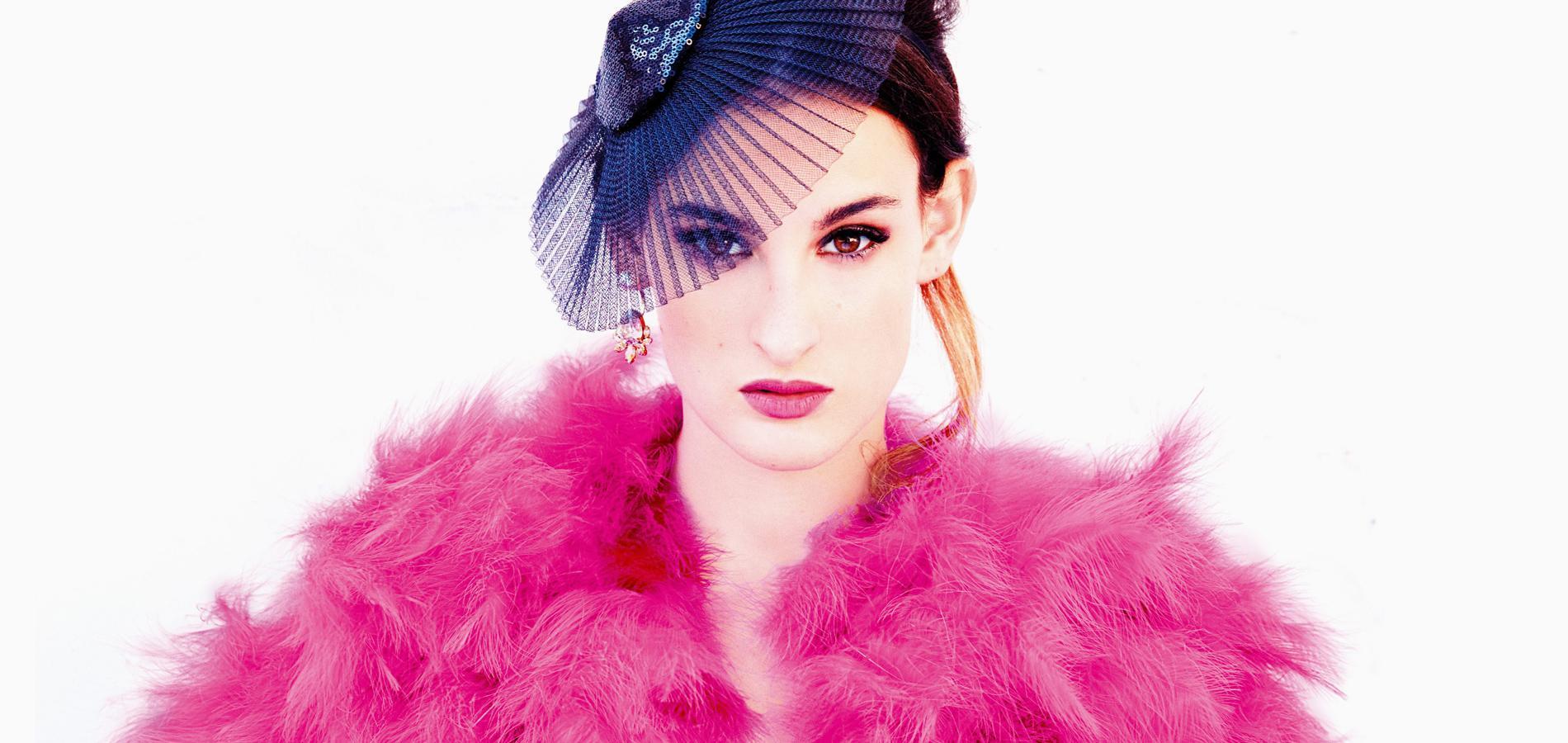 Bien connu Nine d'Urso sublime la haute couture de l'hiver 2015-2016 - JU09