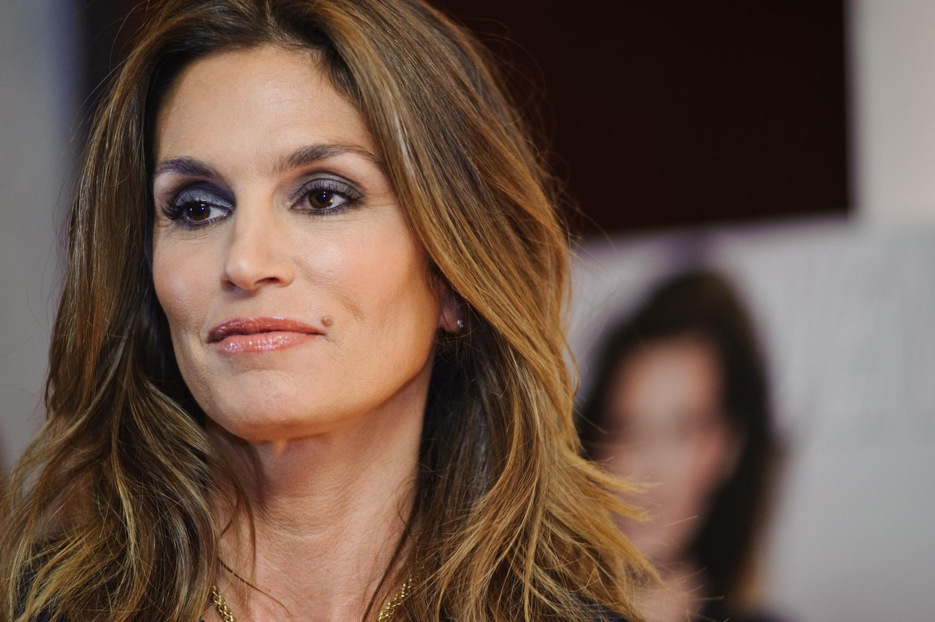 cindy crawford s 39 explique sur la photo d 39 elle au naturel
