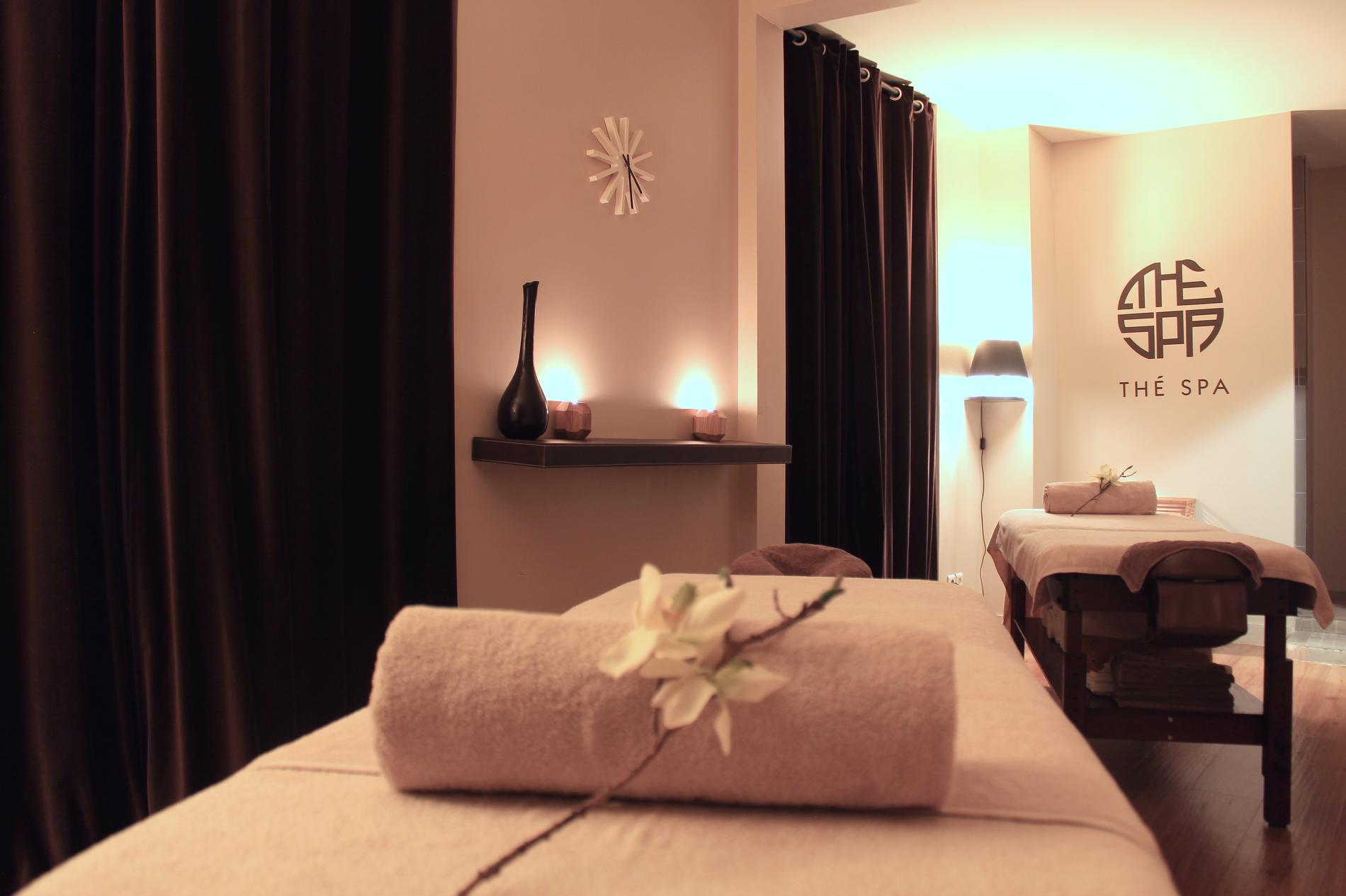 Cinq massages pour se rebooster cet automne madame figaro for Le salon spa