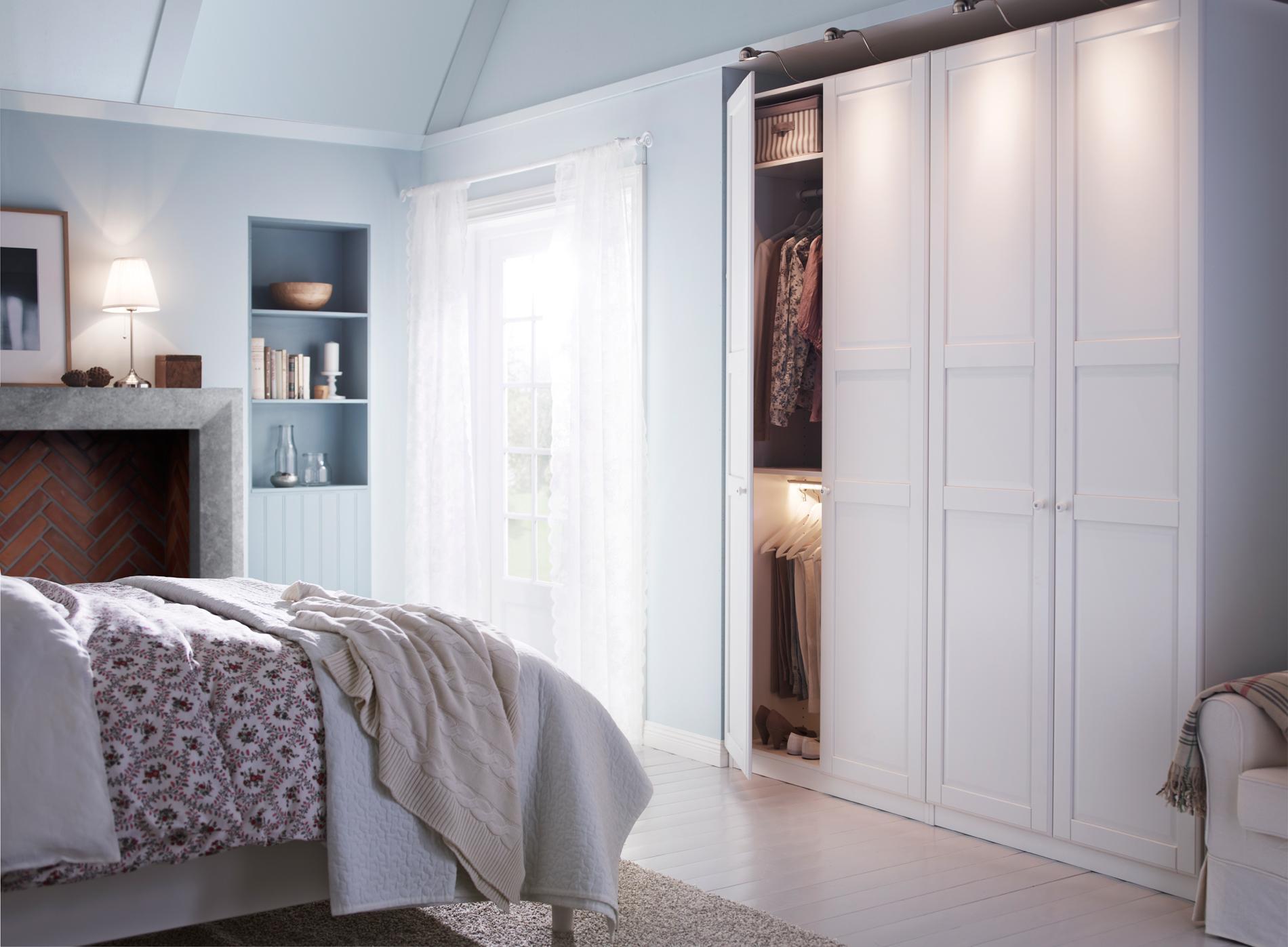Cinq conseils d co pour optimiser une petite chambre madame for Petit dressing chambre
