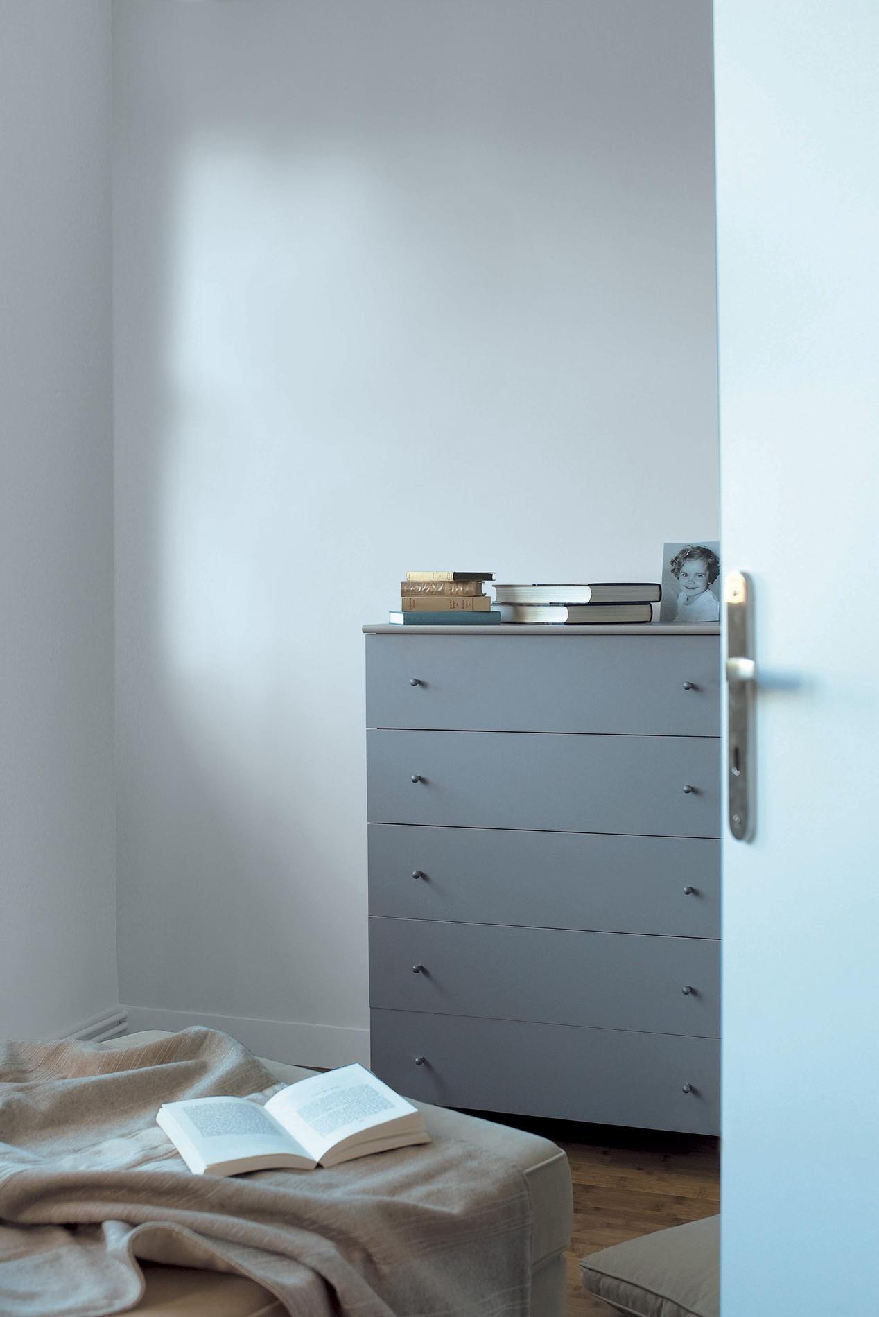 Armoire pour petite chambre rtro chambre by kat alves photography armoire pour petite Rangement pour petite chambre
